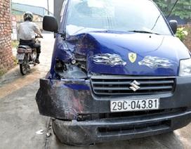 Tai nạn liên hoàn giữa xe buýt và 2 xe tải, 2 người bị thương
