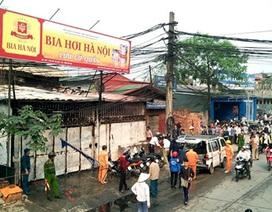 Hà Nội: Hỏa hoạn tại quán bia, cháy rụi 1 ô tô