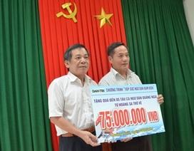 Trao quà nhân ái đến ngư dân Quảng Ngãi bị nạn ở Hoàng Sa