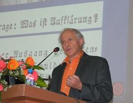Chủ nhân Nobel Hóa học giảng bài tại ĐH Quốc gia Hà Nội