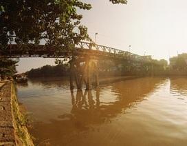 Cầu cổ 205 năm tuổi được xây mới