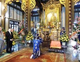 Lễ dâng hương Đền Huyền Trân công chúa