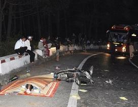 Xe máy tông xe khách trên đèo trong đêm, 1 người chết tại chỗ