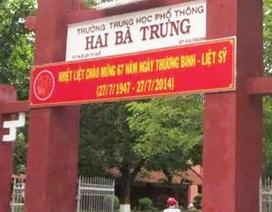 Người dân bất bình vì trường học treo băng rôn phản cảm ngày Thương binh liệt sĩ