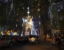 """Nhà thờ """"lộng lẫy"""" đón đêm Chúa giáng sinh"""