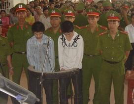 Án tử hình và chung thân cho hai học sinh giết cô giáo cũ