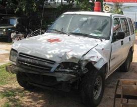 Xe cứu thương tông chết 2 học sinh