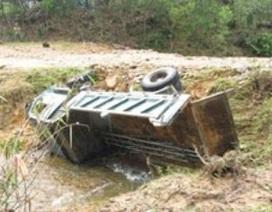Hỗ trợ gia đình 6 nạn nhân chết ngạt trong cabin xe tải