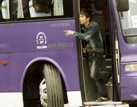 Hành khách vẫn phó mặc tính mạng cho lái xe