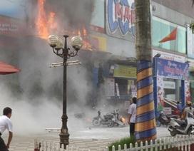 Cháy siêu thị cao nhất Hà Tĩnh, một người tử vong