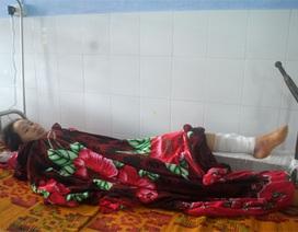 Leo núi đi dạy học, cô giáo bị ngã đa chấn thương
