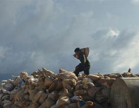 Đội đá, đạp sóng xây Loa thành giữa biển Đông