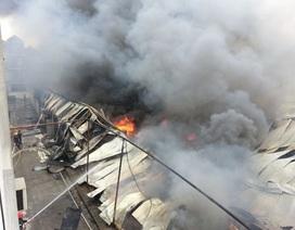 Hà Nội: Cháy cực lớn tại Công ty len Hà Đông