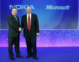 """Kế hoạch """"mạnh tay"""" của Stephen Elop nếu trở thành CEO của Microsoft"""