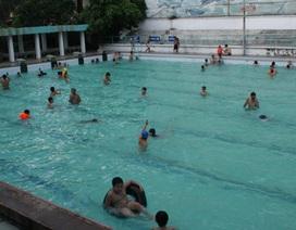 Kinh doanh bể bơi: Bán nước bẩn thu tiền tỷ