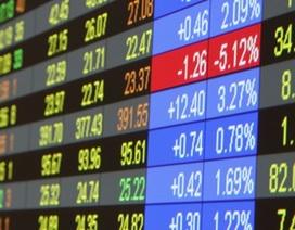 Lãi suất hạ, hãy đổ tiền vào cổ phiếu !?