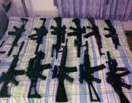 Phát hiện khách bay chuyển nhiều súng hơi trái phép về Nội Bài