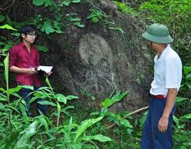 Giải mã bí mật về hòn đá khắc thơ giữa rừng Cao Bằng