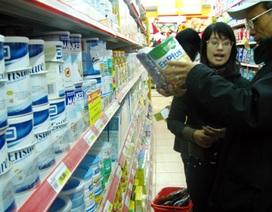 """Sữa """"xách tay"""": Coi chừng tiền mất tật mang"""