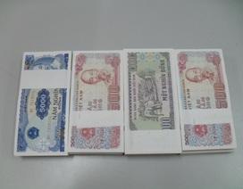 Sốt xình xịch đổi tiền lẻ tiêu tết