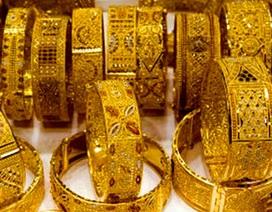Gian lận tuổi, trọng lượng vàng trang sức để kiếm lời