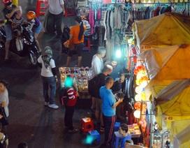 Mưu sinh giữa chợ đêm Bến Thành