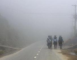 Lào Cai xuất hiện sương mù kéo dài giữa mùa hè