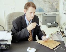 Đốt cả trăm triệu của công ty vì nghiện thuốc lá