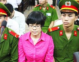 """Vụ Huyền Như: Các luật sư """"gai góc"""" trước sự chứng kiến của ông Nguyễn Bá Thanh"""