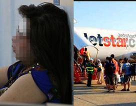 Dàn cảnh bị đánh thuốc mê, cướp 900 triệu đồng trên máy bay