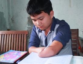 Ước ao ngày Tết của cậu học trò tàn tật bị cha mẹ bỏ rơi