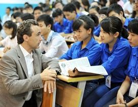 Lãnh đạo Cty đa quốc gia khuyên sinh viên điều gì?