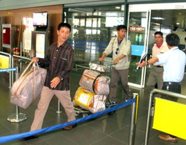 Lao động Việt Nam về từ Lybia:  Ngày mai, chúng tôi sẽ làm việc gì?