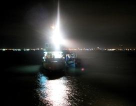 Chìm tàu cá, 2 ngư dân mất tích