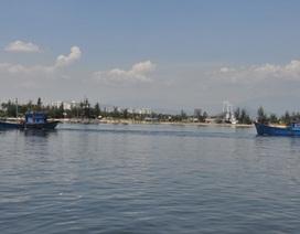 Ngư dân giúp cứu nạn một tàu cá bị hỏng máy, trôi tự do