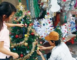 Mùa Noel: Hàng dễ mua và rẻ