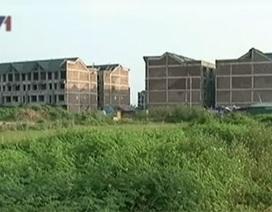 Dù giảm sâu, nhiều dự án bất động sản vẫn ế ẩm
