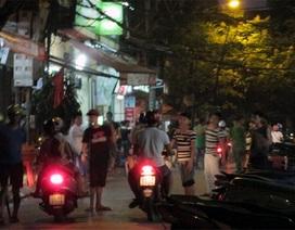 """Chết khiếp sa vào phố """"vẫy"""" ở Hà Nội"""