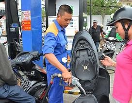 Tăng giảm giá xăng dầu: Bỏ qua quy định?