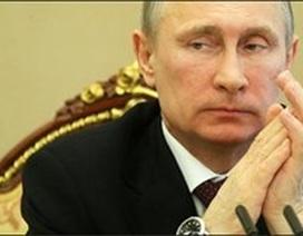 Nga sẽ không rơi xuống đáy một mình
