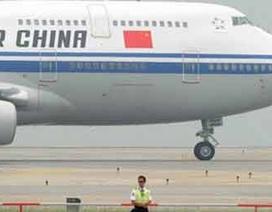Máy bay Trung Quốc hạ cánh khẩn cấp do cảnh báo có bom