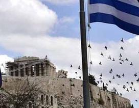 Hy Lạp lùi bước trước sức ép từ châu Âu