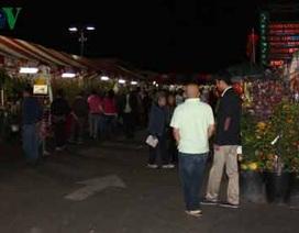 Chợ hoa Tết Phước-Lộc-Thọ của người Việt tại Mỹ tưng bừng đón Xuân