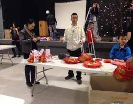 Canada: Kiều bào gói bánh chưng, gắn đào… đón Tết