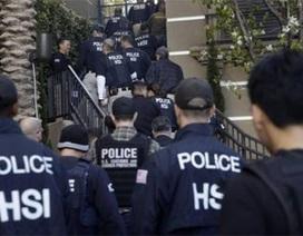 """Mỹ đột kích hàng loạt """"khách sạn sản phụ"""" Trung Quốc"""
