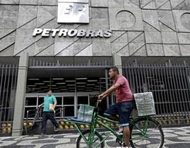 """Petrobras lại """"gây sóng"""" trên chính trường Brazil"""