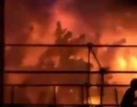 Khoảnh khắc hãi hùng bị lửa thiêu tại công viên nước qua lời nạn nhân