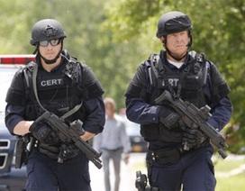Video: Cảnh sát đổ về New York ráo riết tìm hai nghi phạm vượt ngục