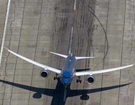 Máy bay Boeing Dreamliner đầu tiên của Việt Nam cất cánh thẳng đứng tại Mỹ