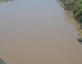 Phát hiện thi thể nữ giáo viên nổi trên sông Lạch Tray